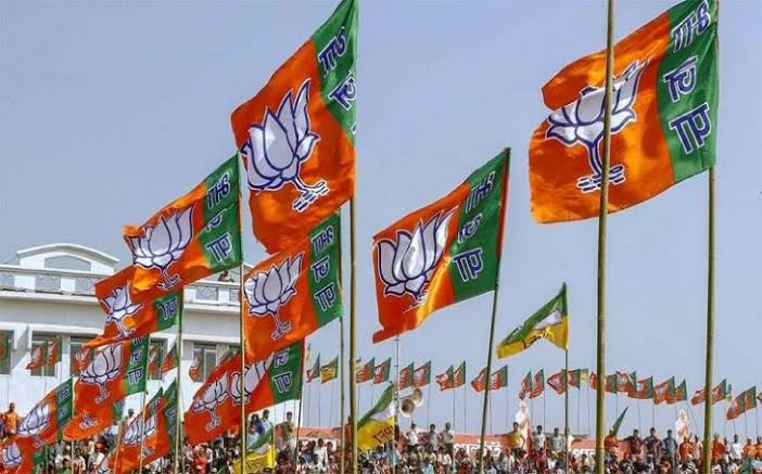 उत्तराखंड : बीजेपी के प्रत्याशी घोषित, नैनीताल से अजय भट्ट और पौड़ी से तीरथ रावत पार्टी के प्रत्याशी