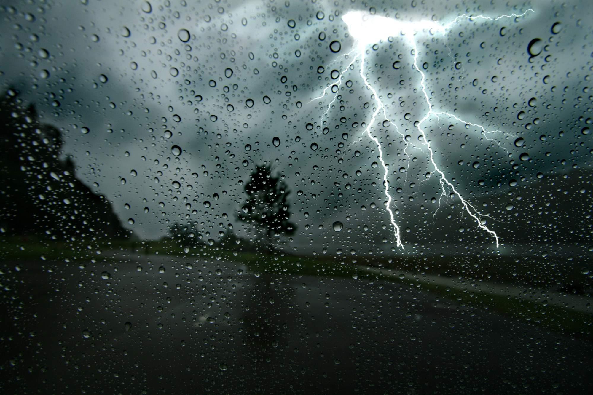 Uttarakhand मौसम में तेज बदलाव की आशंका, इन पांच जिलों के लोग शनिवार तक सावधान रहें