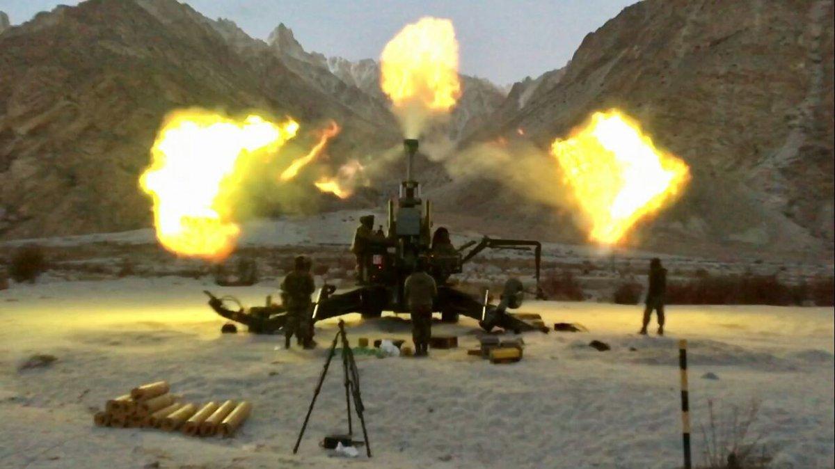 पाक आतंकी कैंपों पर भारतीय सेना ने बोला हमला, 6 से 10 पाक सैनिक भी ढेर, सेना प्रमुख ने की पुष्टि