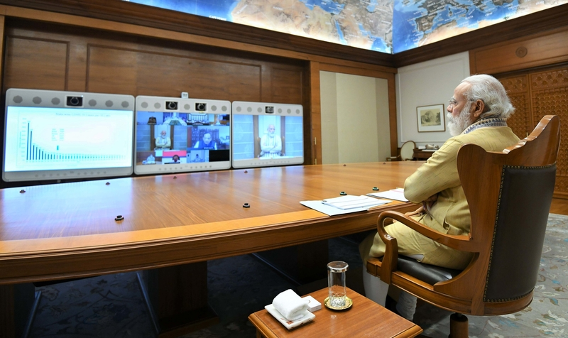 पीएम मोदी ने देश में कोरोना को लेकर दिये निर्देश, उच्च स्तरीय समीक्षा बैठक की अध्यक्षता की, दिल्ली को लेकर भी दिये निर्देश