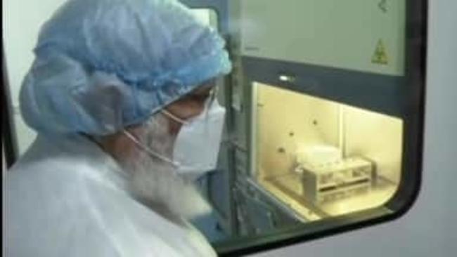 पीएम मोदी ने देश की विभिन्न प्रयोगशालाओं में जाकर देखा कोरोना वैक्सीन निर्माण, पढ़िए कब तक आएगी