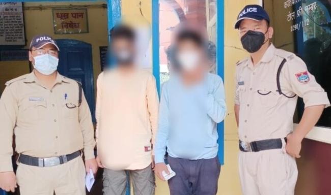Uttarakhand अल्मोड़ा में 2 छात्र 80 हजार की स्मैक के साथ गिरफ्तार, लोधिया बैरियर के पास चैकिंग में धरे गए