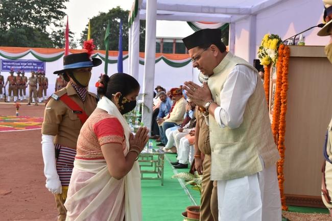 Uttarakhand सीएम धामी ने 2001 बैच के पुलिस कॉन्स्टेबलों को 4600 ग्रेड पे की घोषणा की, पुलिस विभाग के लिए विभिन्न घोषणाएं